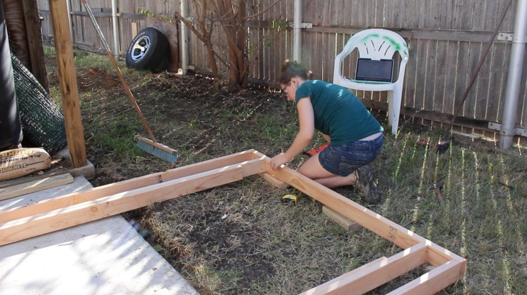 how to build walls in a shed