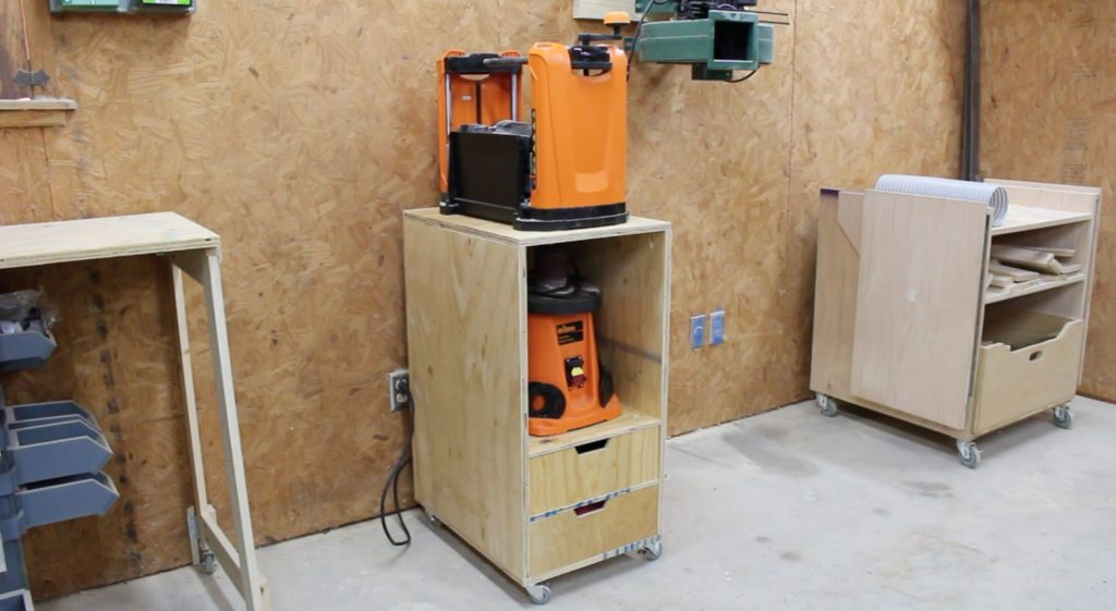 21 Planer Stand