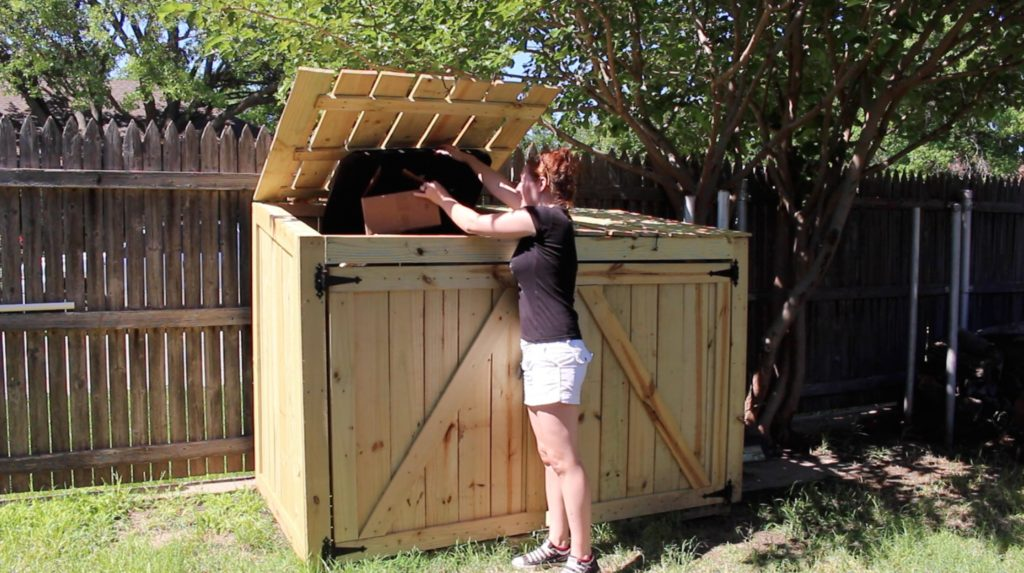 How to Build a Trash Can Shed - Plans available!