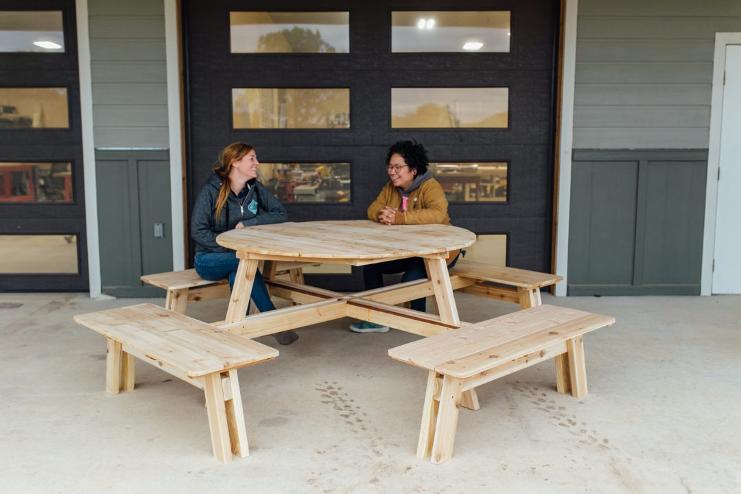 How To Build A Round Picnic Table With, How To Build A Round Picnic Table And Benches